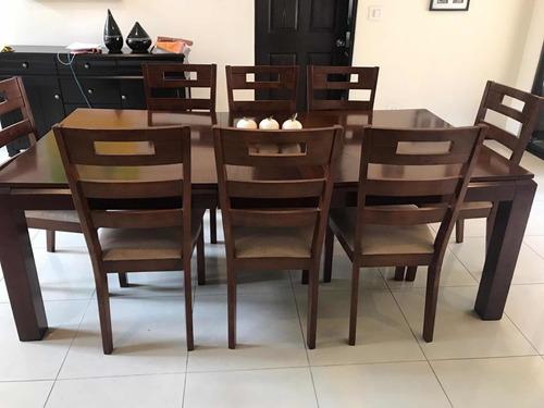 mueble de madera para 6-8 personas café