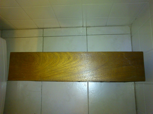 mueble de madera para 80 cd´s