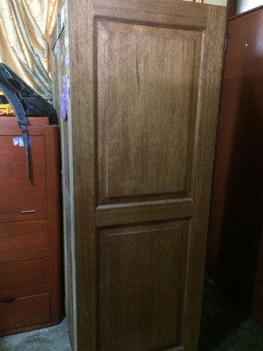 mueble de madera tornillo