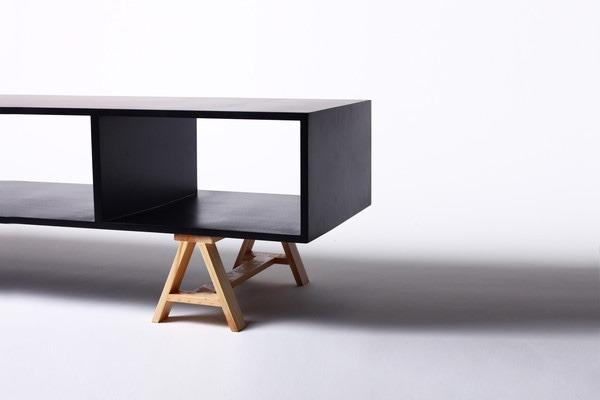 Mueble de tv acero madera dise o moderno minimalista negro for Diseno de muebles para tv modernos