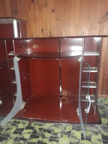 mueble de tv, audio, dvd, y porta cds con puertas hermoso!!!