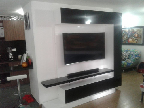 mueble de tv ref mural45 lacado con panel ocultar cables