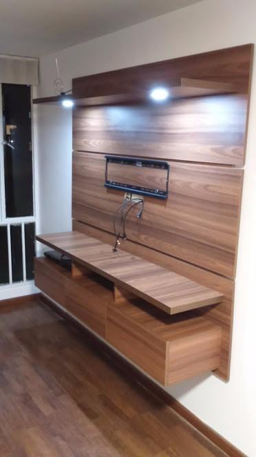 Mueble flotante para tv moderno ref spretto en for Muebles para television de madera modernos