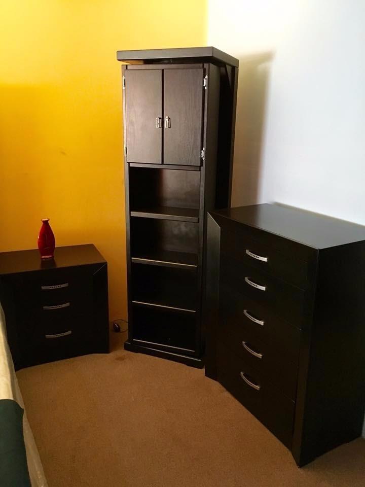 Mueble giratorio con espejo espa a recamaras 3 for Espejo con mueble