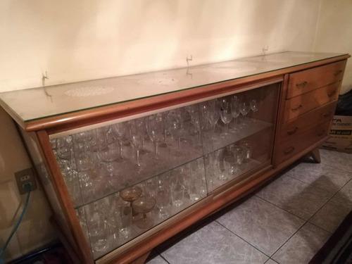 mueble madera antiguo vitrina
