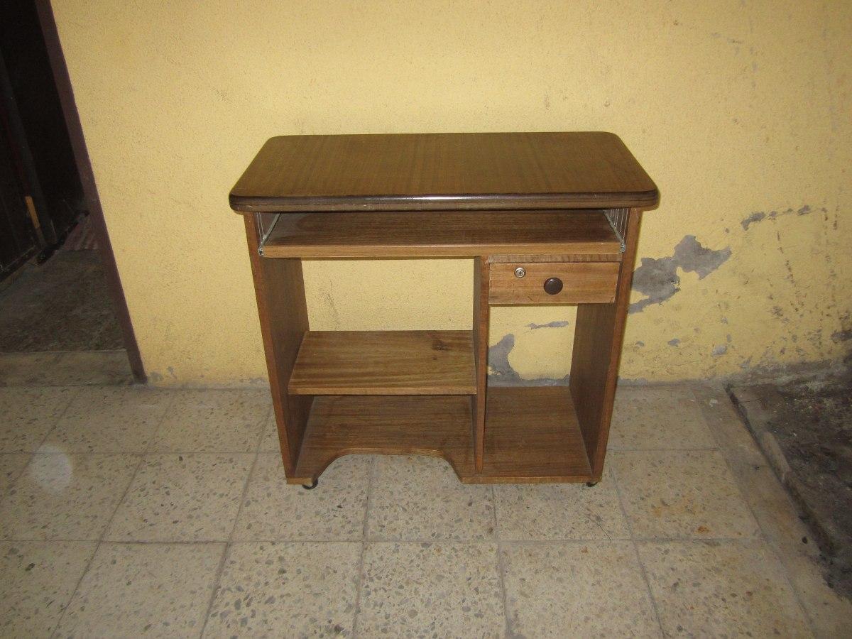 Mueble o escritorio para computador en mercado for Mueble para escritorio