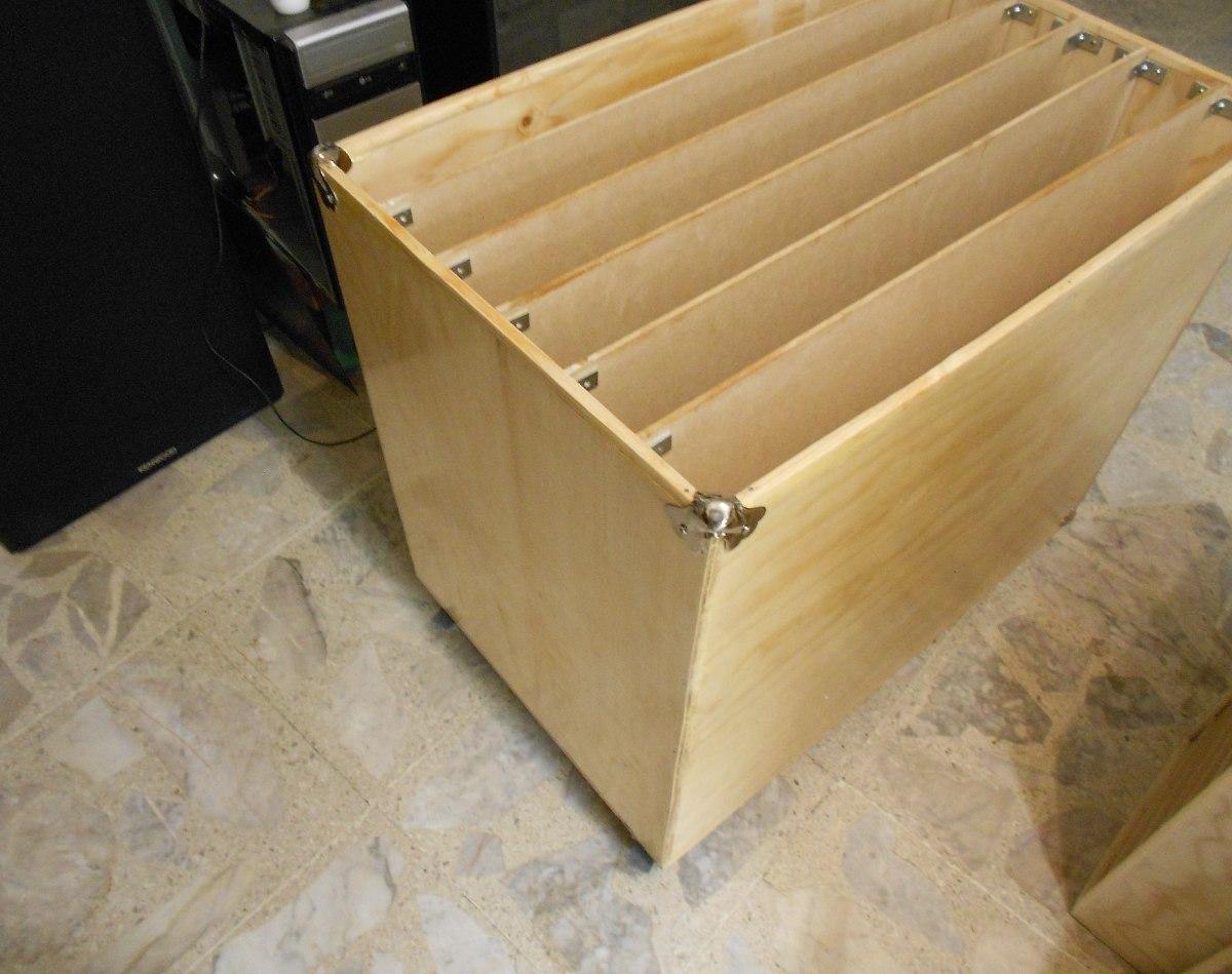 Mueble organizador para cartulinas y papeles varios for Papel imitacion madera para muebles