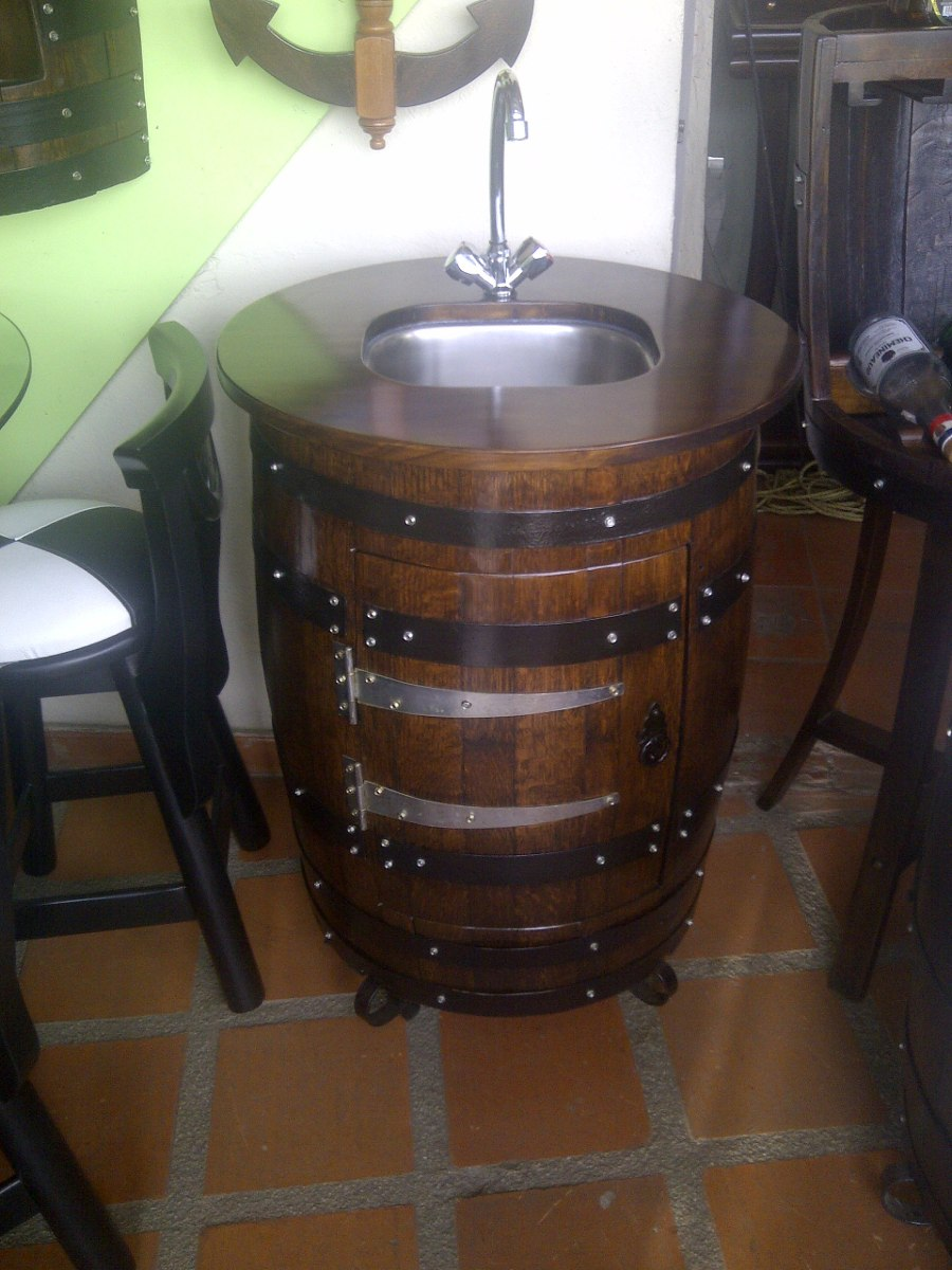 Mueble para bar lava copas en barril o barricas de roble for Bar barril de madera