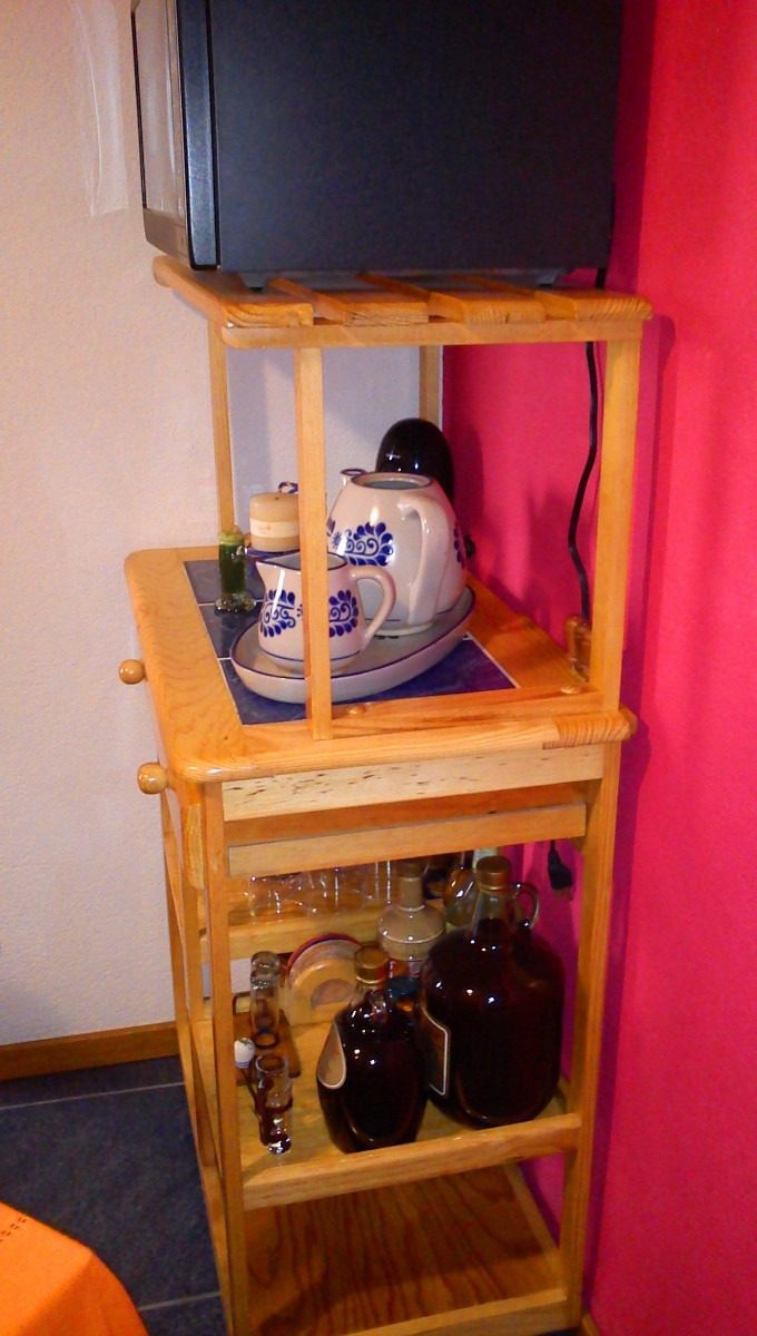 Mueble de servicio para cocina de madera de pino 2 000 for Mueble platero para cocina