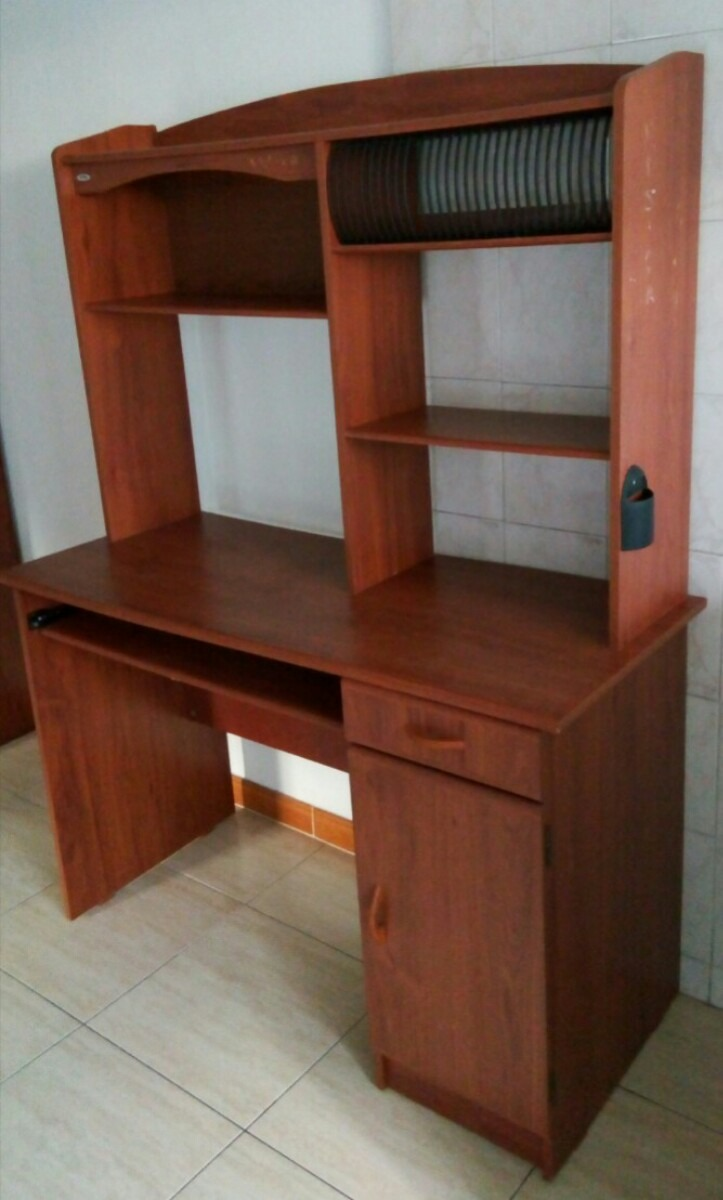 Mueble Para Computadora De Madera Bs En