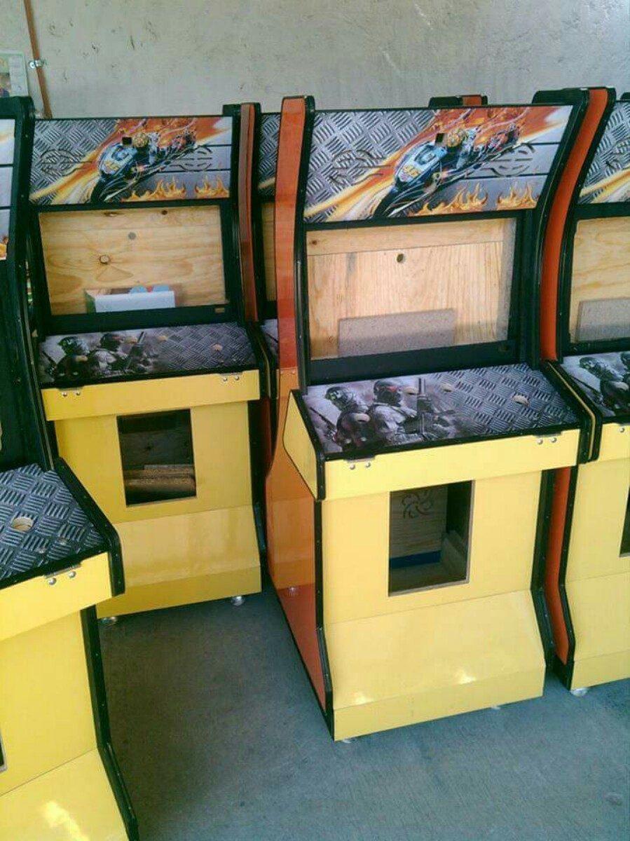 Mueble para maquinita xbox360 y multijuego 2 en for Mueble para xbox one