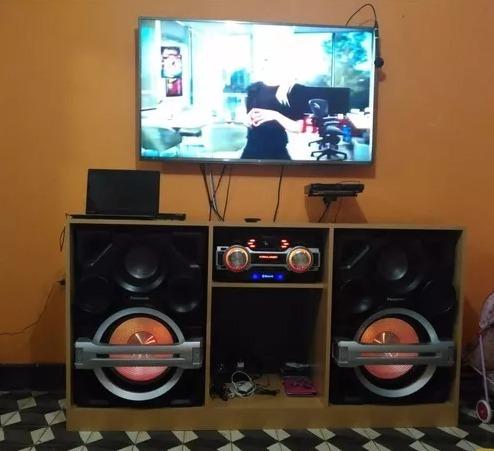 Mueble para tv 60 pulgadas y equipos de sonido s 450 00 for Cama de 60 pulgadas