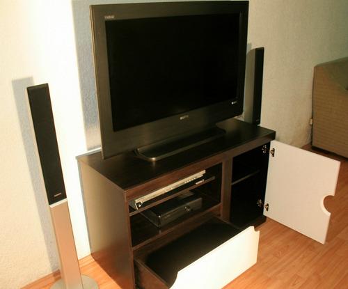 mueble para tv pantalla 'saturno'