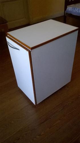 mueble portamicroondas/organizador  c estante y ruedas