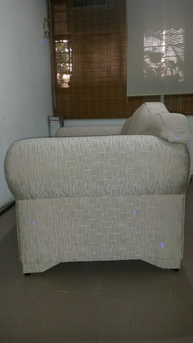 Mueble Tapizado En Tela De 2 Puestos Bs 485 000 00 En Mercado Libre # Muebles Tapizados En Tela