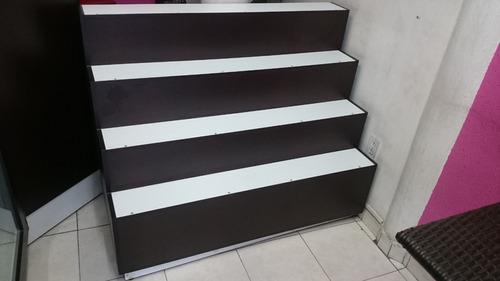 mueble tipo  escalera
