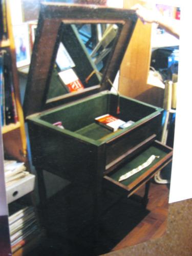 mueble tocador alhajero antiguo con espejo