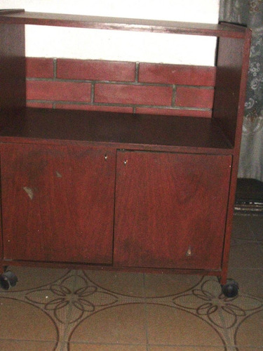 mueble tv audio compu mesa-arrime estante puertas ruedas.