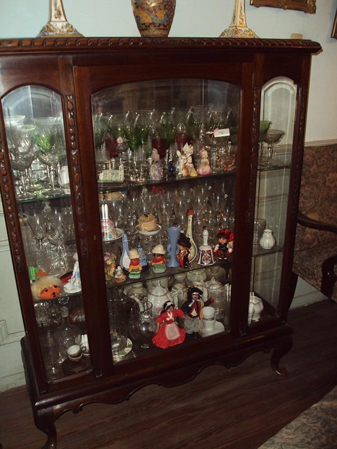 muebles antiguos en roble cristaleria vajilla pianos adornos