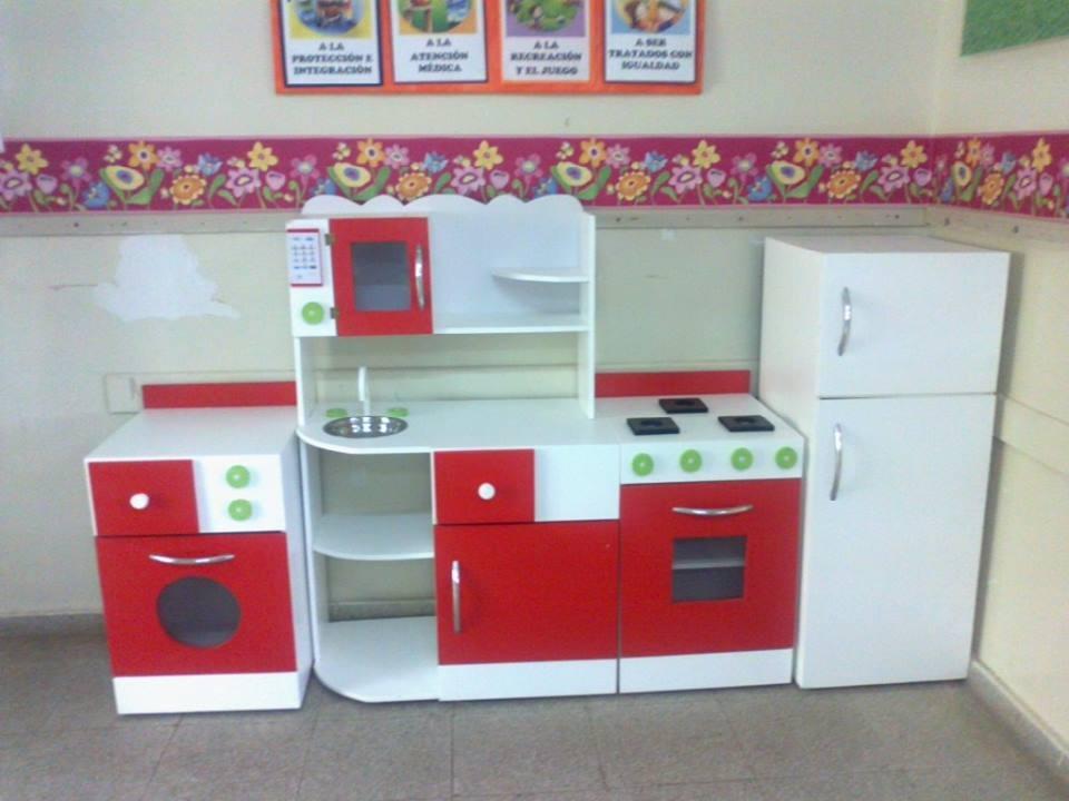 Muebles de cocina infantil de madera for Muebles comedor disea o