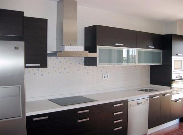 Muebles cocina modernas reposteros postformado granito for Costo de granito para cocinas