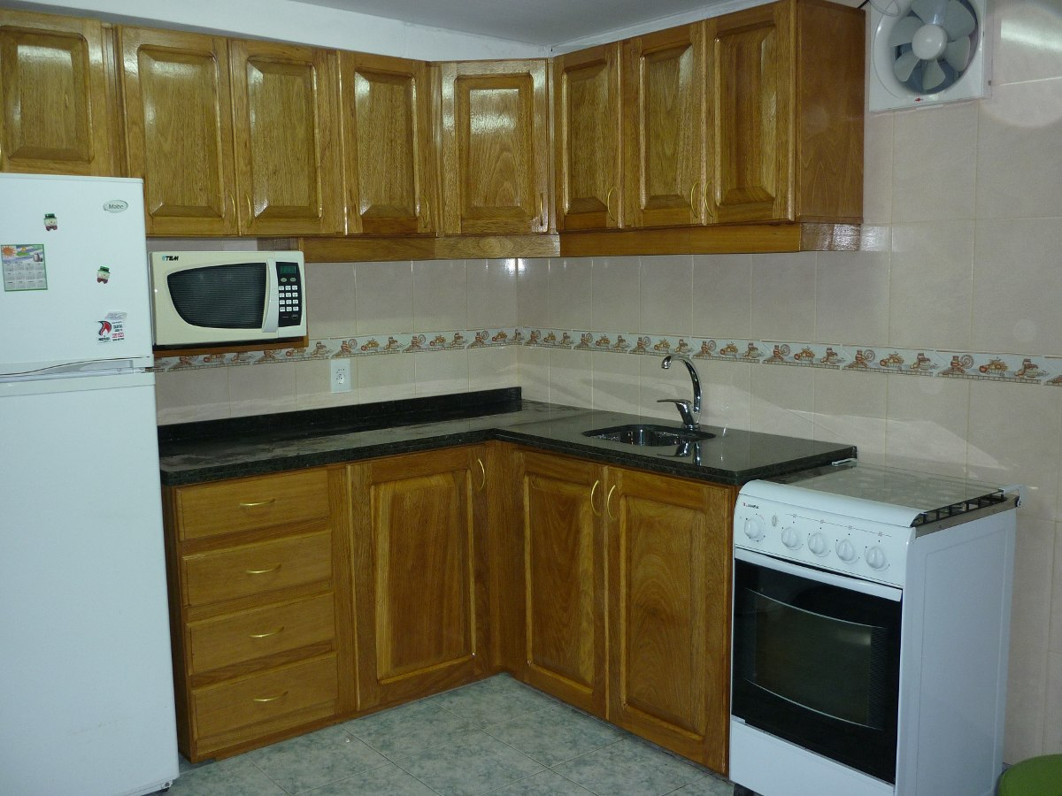 Modelo de muebles de cocina armarios de cocina con espejos with modelo de muebles de cocina - Modelos de muebles de cocina ...
