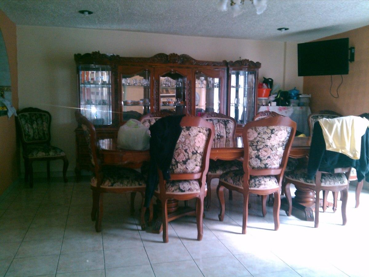 Muebles comedor con vitrina en caoba y una sala estiloprov - Comedor con vitrina ...