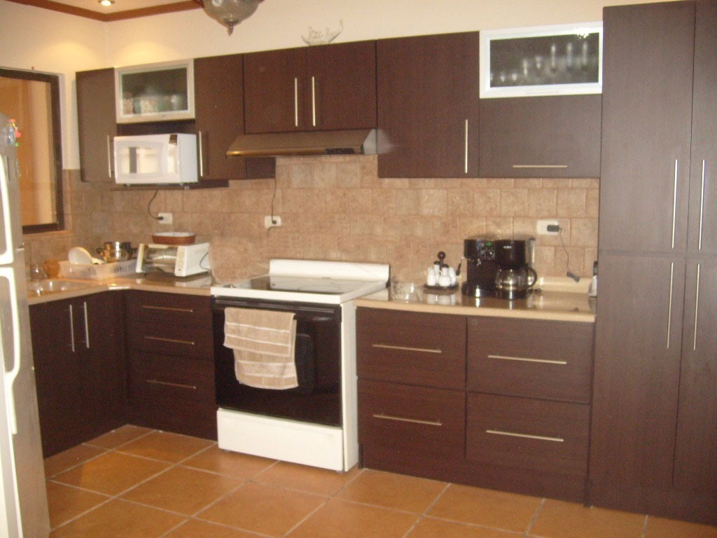 Muebles de cocina a medida litoral central valparaiso for Modelos de muebles de cocina pequenas