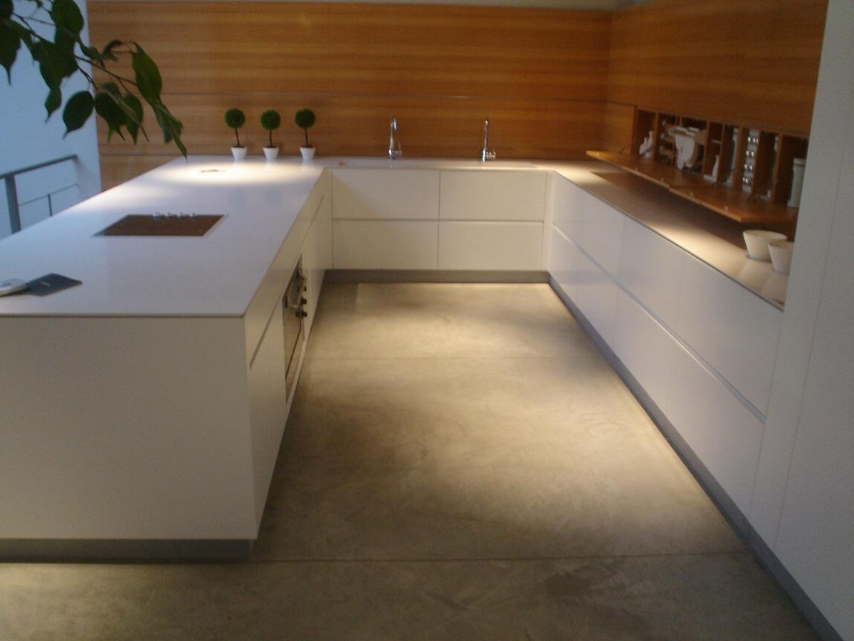 Muebles Batista - Muebles De Cocina Batista Con Silestone Zeus Amoblamiento [mjhdah]https://images.homify.com/c_fill,f_auto,q_auto:eco,w_980/v1518523287/p/photo/image/2434399/19-catarina-batista-arquitectura-design-interior-apatamento-livingroom-decor-bedroom-lisboa-bathroom.jpg
