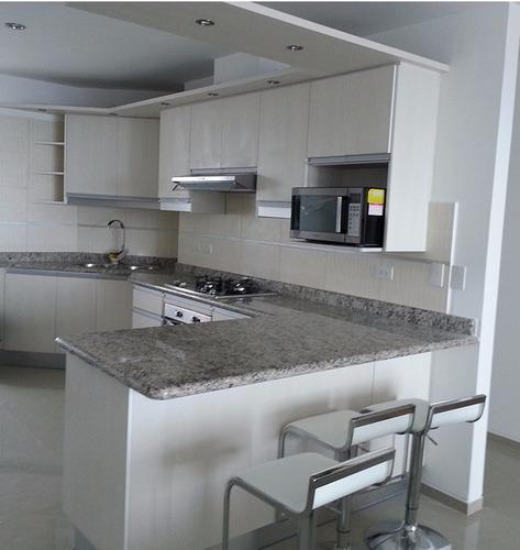 muebles de cocina closet baños puertas mesones de granito-