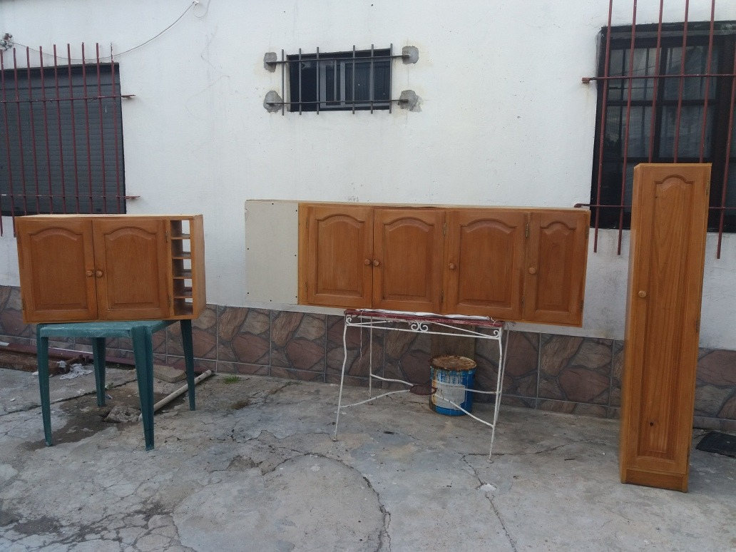 Hermosa Muebles De Pino Brasileño Viñeta - Muebles Para Ideas de ...