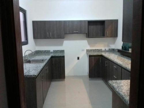 muebles de cocina y closet, elegancia a su alcance!