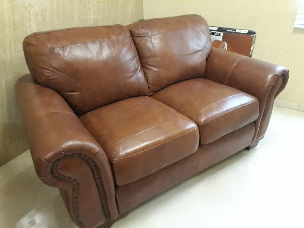 Muebles De Cuero Ashley Importado De 2 Y 3 Puestos - Bs. 850.000.000 ...