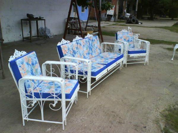 Muebles de jardin de hierro fundido recibos comedores for Sillas hierro jardin