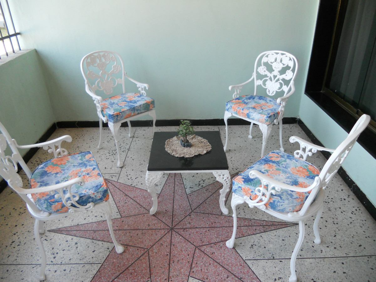 Muebles de jardin de hierro fundido recibos comedores for Comedores de jardin baratos