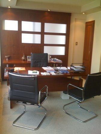 Muebles de oficina escritorios presidenciales y for Muebles de oficina k y v