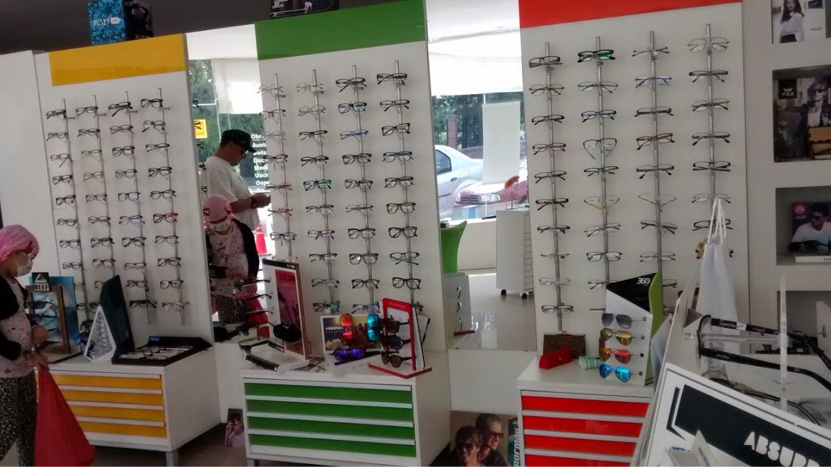 2454e0dd90 Muebles De Opticas - $ 16.500,00 en Mercado Libre