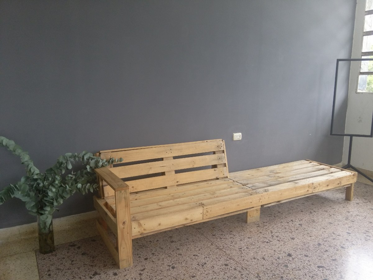Muebles De Paletas Recicladas (pallets)  Bs 85000,00 en Mercado