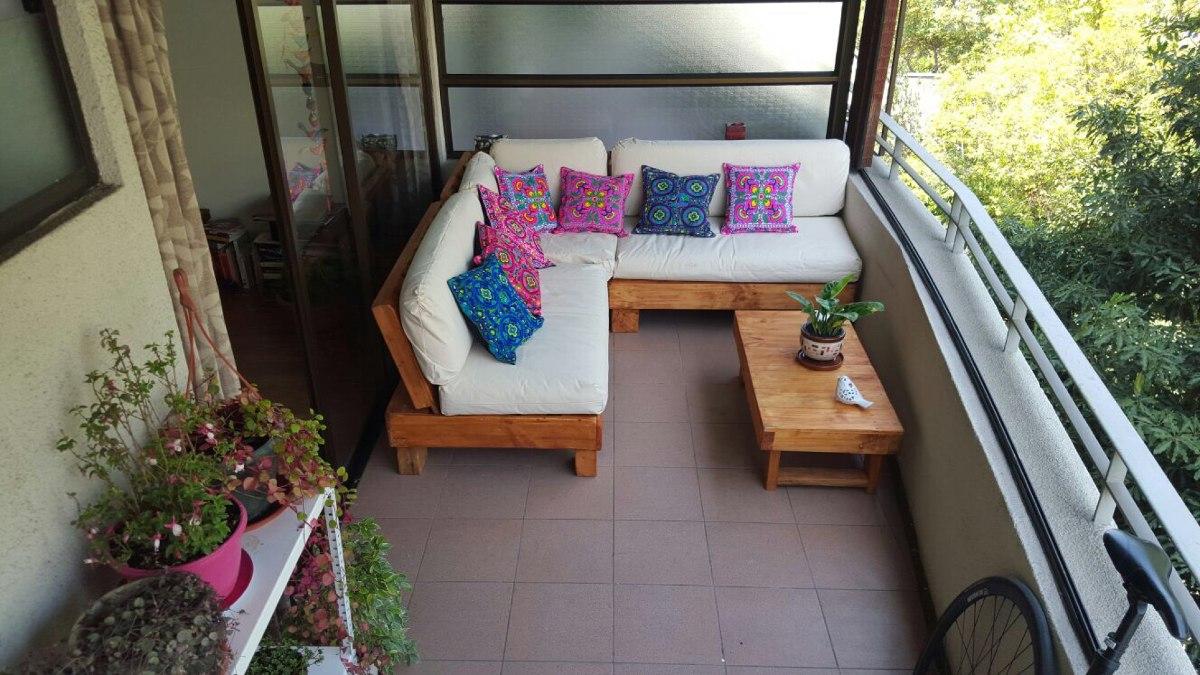 Muebles de terraza departamento hechos de pallets palet for Muebles departamento pequeno