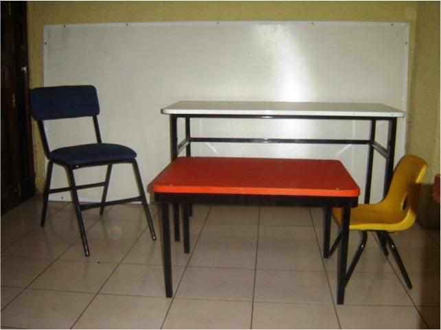 Muebles escolares mesa de trabajo bancos de laboratoriommu for Muebles escolares