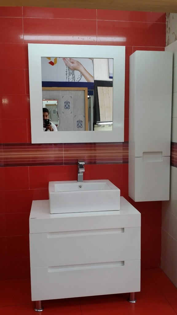 Muebles para ba o mdf color blanco espejo y gabinete aby for Espejos decorativos blancos