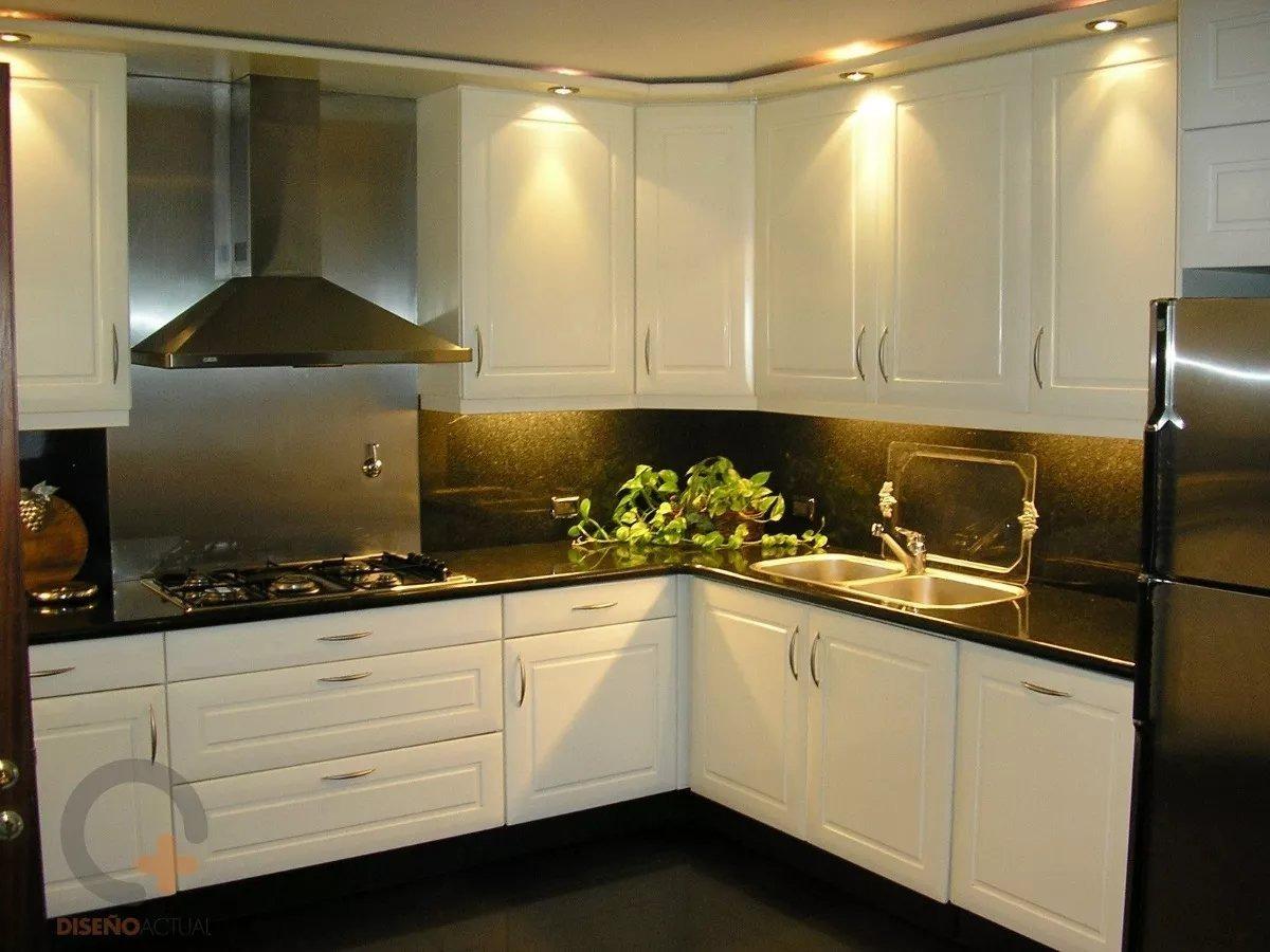 Muebles de cocina y diseño de interiores Armari design
