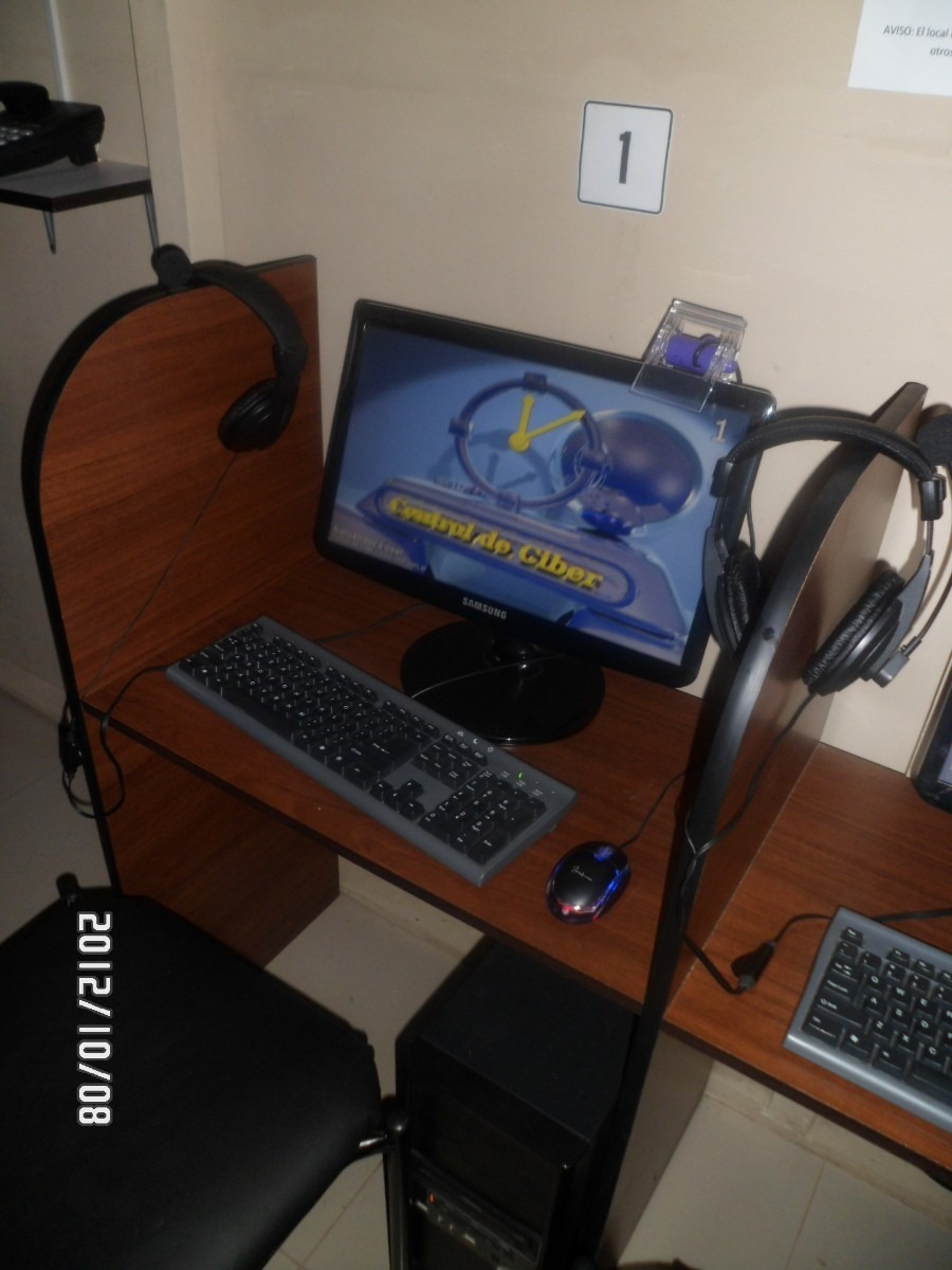 Muebles Para Cyber Computadoras Internet Celulares Laptop U S 35  # Muebles Por Internet