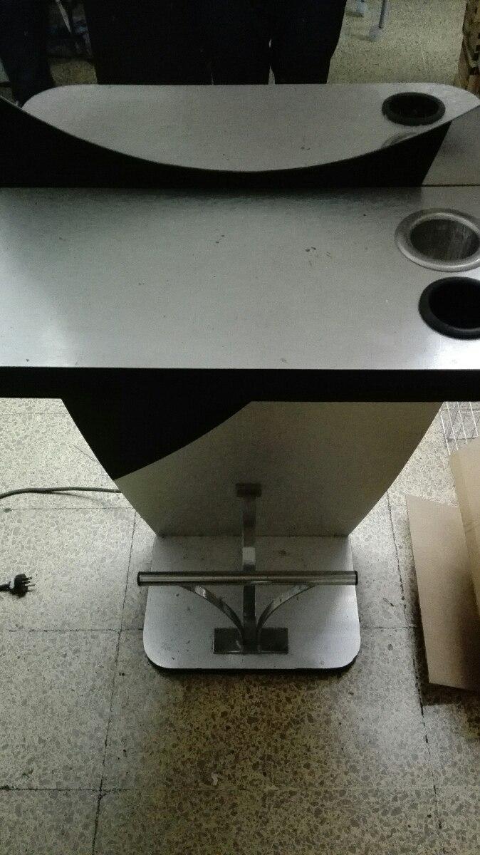 Muebles para estetica buena calidad buen estado de metal for Muebles de calidad