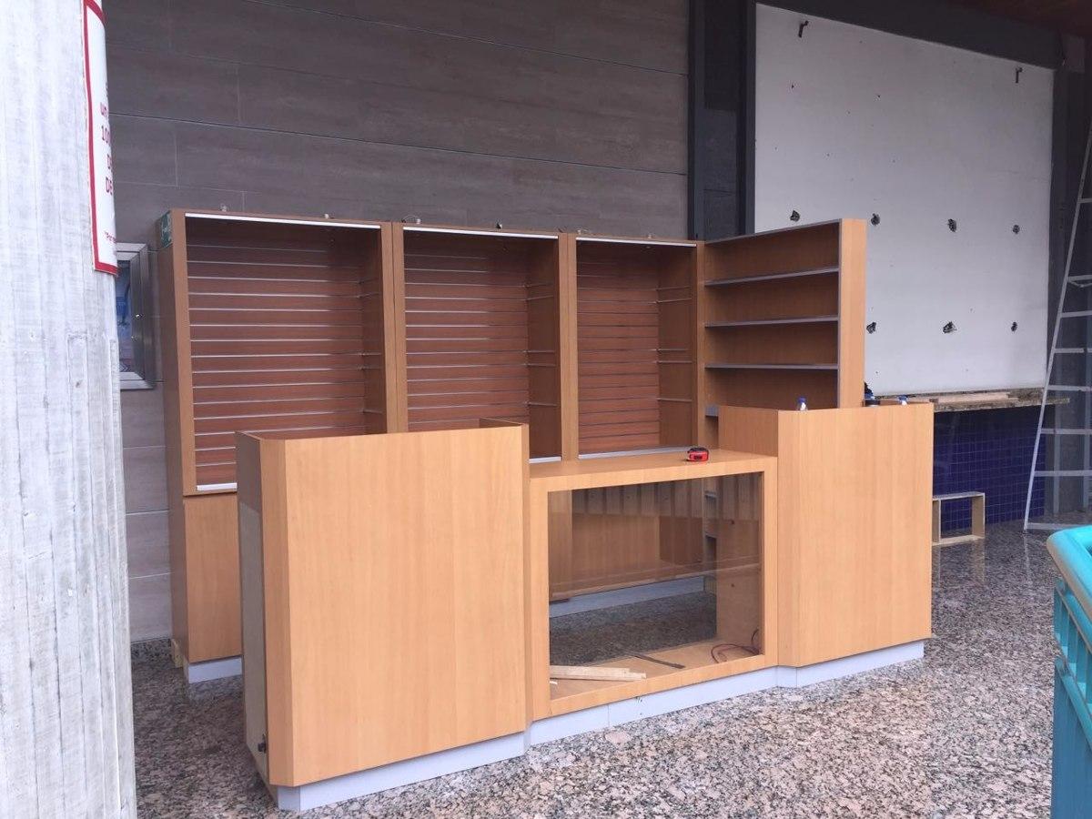 Muebles Para Local Comercial - Bs. 200.000.000,00 en Mercado Libre