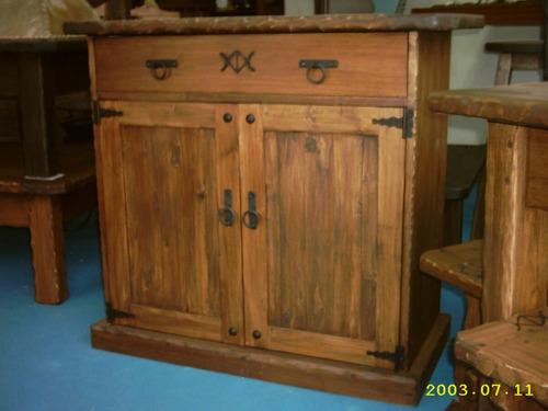 Muebles rusticos aparador rustico dos puertas madera for Precio puerta madera maciza