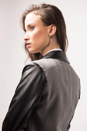 mujer campera blazer