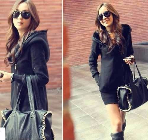 mujer con hoodies