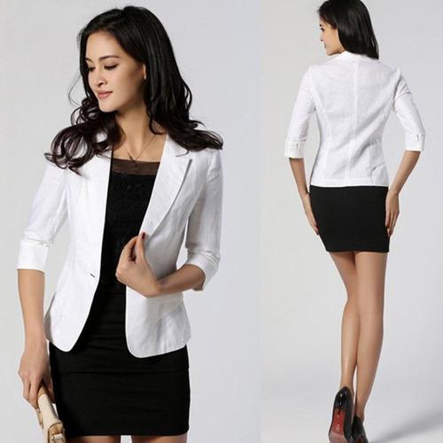 mujer dama chica blazer abrigo chaqueta capa negro blanco
