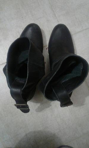 mujer liotta botas